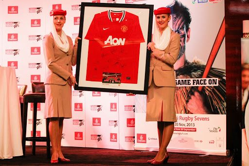 Manchester United Shirt auction prize at the Emirates Rugby Long Lunch #longlunch #dubai7s