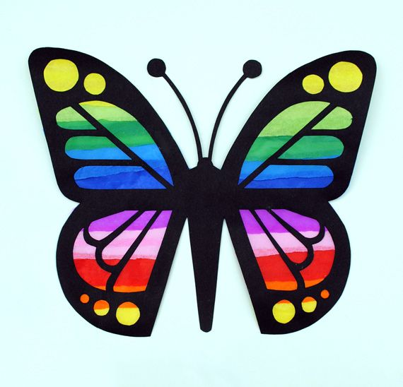 Butterfly suncatcher.  This is so cute and comes with a printable butterfly template.