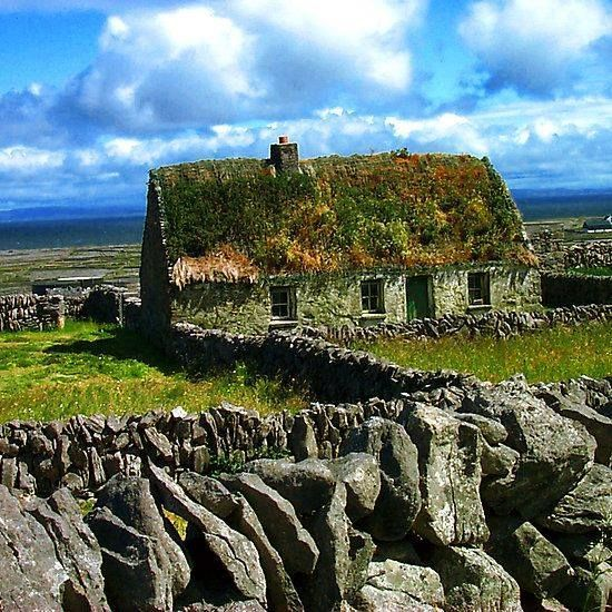 An old Irish cottage on the Aran Islands, located at the mouth of Galway Bay in the West of Ireland...simply stunning!  #AranIslands #GalwayBay #Ireland