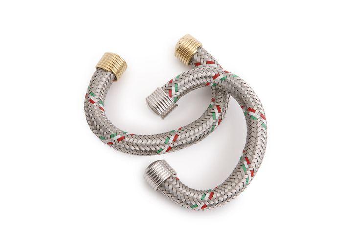 Bracelets made reusing flexible gas pipes. Carmina Campus 2009