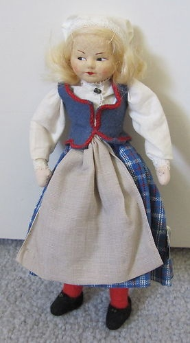 Norwegian Ronnaug Petterssen Cloth Doll Trondelag Norway with Tag