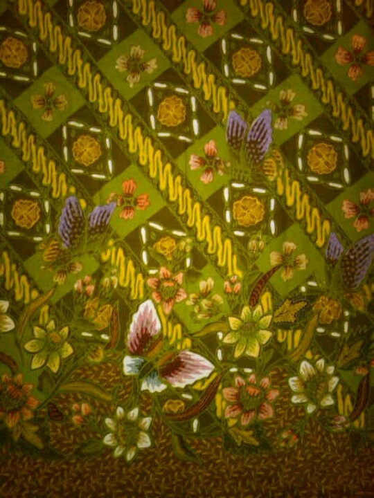 Jawa Hokokai Batik. Dominated by green. Full of flowers and butterfly