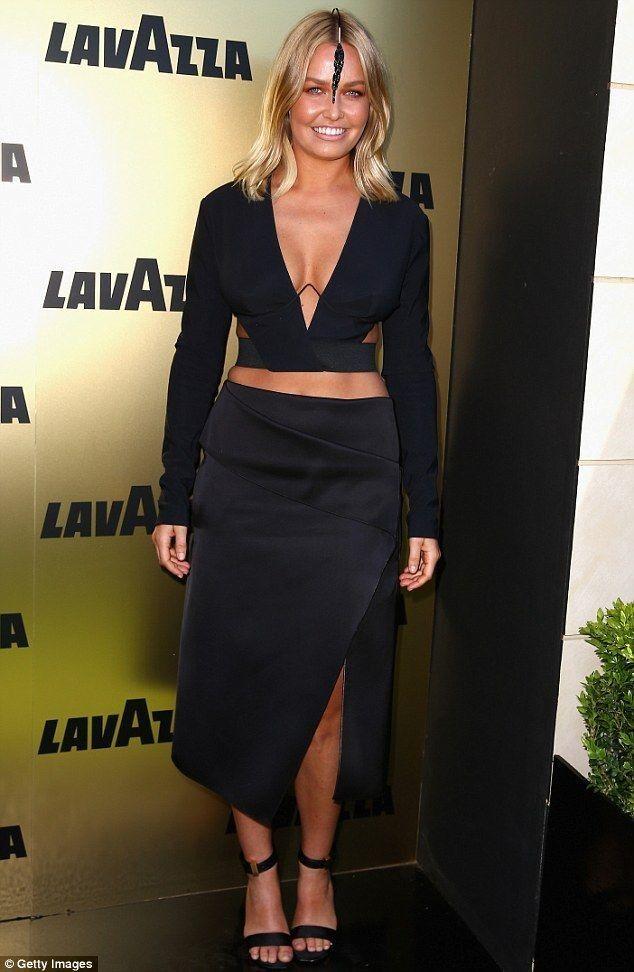 Ken Downing critiques Lara Bingle's daring Spring Racing looks - Celebrity Fashion Trends