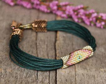 Bracciale africano verde bracciale tribale lino di Naryajewelry