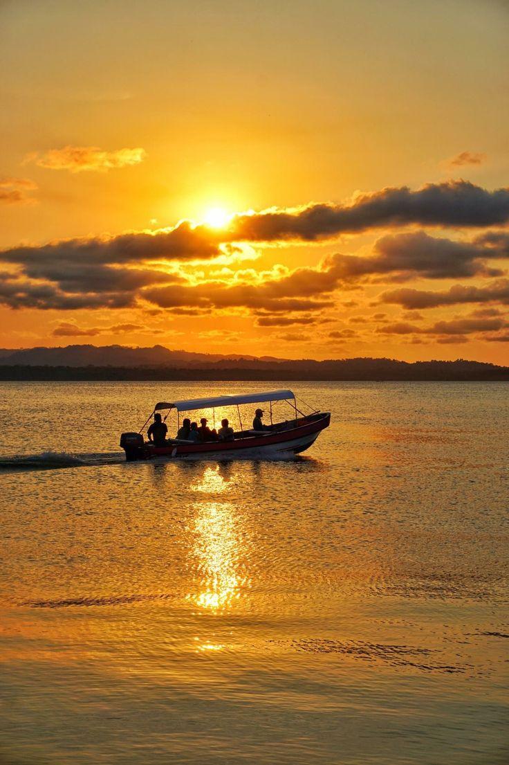 Atardecer Puerto Barrios. Foto por Otto Salguero