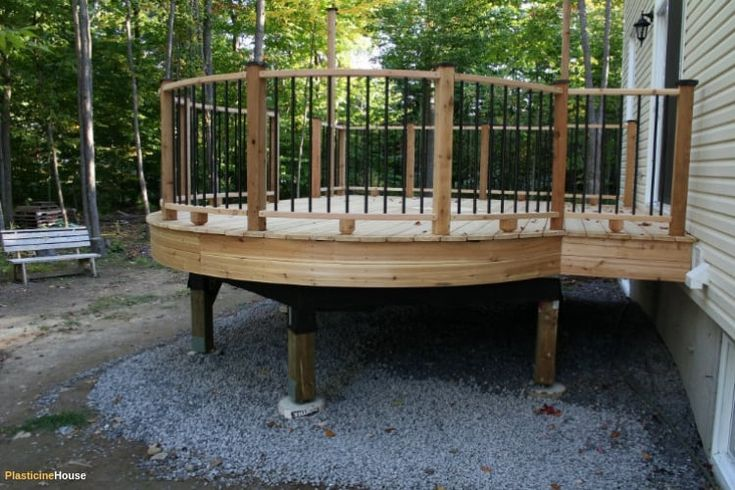 How to Build a Curved Deck: Step by Step Guide [with Pictures]