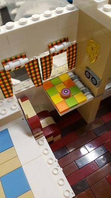 Lego Bulli Camper 10220_14 | marco piccolo | Flickr