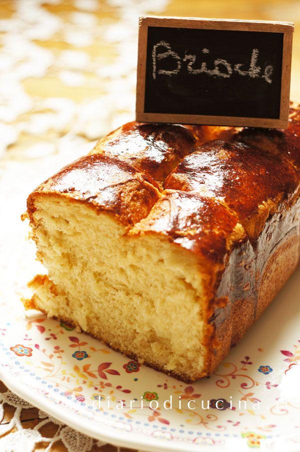 Ricetta brioche francese passo passo. Vivere in Francia mi ha insegnato che una brioche francese ben fatta deve avere le fibre allungate e una crosta frag..