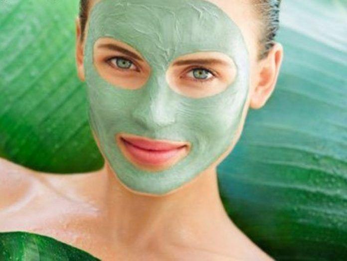 astuce beauté: masque de luteine botox naturel Les résultats sont extrêmementefficaces pour hydrater la peau, lisser les rides, retendre les peaux matures.