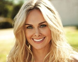 anger management tv show cast | Anger Management Casts Hart of Dixie 's Laura Bell Bundy as New ...
