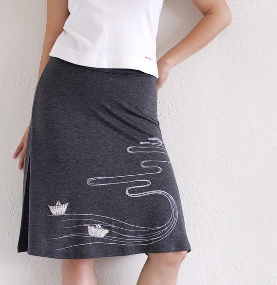 Handmade appliqué Jersey A-line skirt . Grey Knee Length Skirt - The creek and the paper boats - size Medium