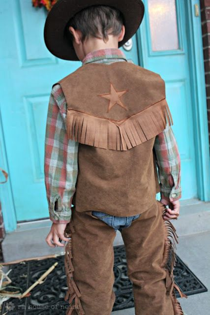 DIY: Kids Costume - Cowboy Chaps and Vest. Going to try and make K a jessie costume fir halloween.
