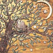 Купить или заказать Панно ' Древо жизни' в интернет-магазине на Ярмарке Мастеров. Одним из самых древних символов, которые должны присутствовать в доме является Древо жизни.Оно символизирует семейное счастье, продолжение рода, благополучие семьи, связь поколений, семейные традиции.