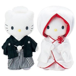 hello kitty & dear daniel dressed in traditional japanese wedding attire