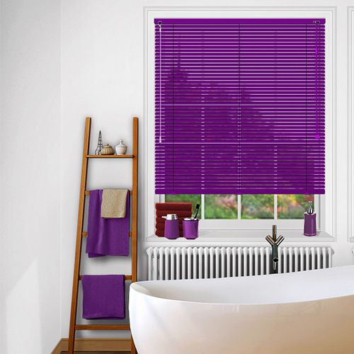 A purple brushed effect venetian blind perfect for adding colour to neutrally decorated rooms including bathrooms and kitchens.