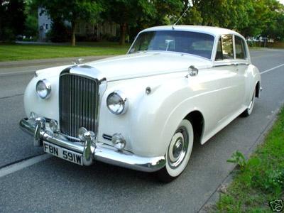 Rolls Royce: Bride Grooms, Cars Bik, The Queen, Getaways Cars, Rolls Royce, Wedding Cars, Girls Things, Cities Wedding, My Wedding