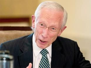 US inflation temporarily 'very low,' says Fed Vice Chairman Stanley Fischer.