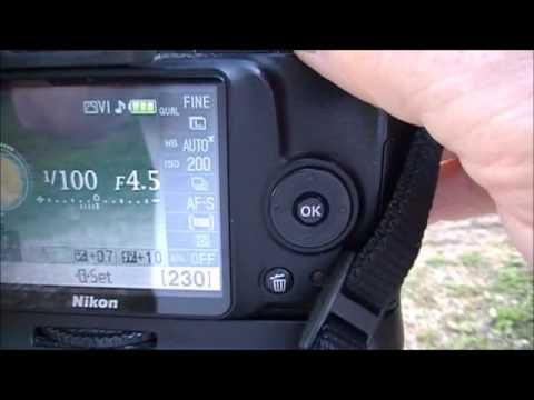 Nikon D3000 Aperture Priority Explained - YouTube