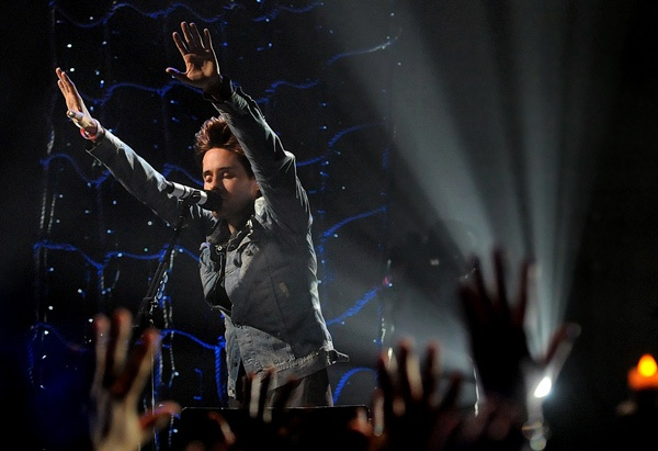 Jared Leto shares a moment with the audience during Thirty Seconds To Mars' 'Unplugged' performance.