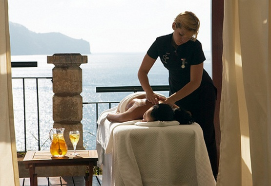 #madeira #hotel - The Cliff Bay http://www.portobay.com/hotel.aspx?areaId=49