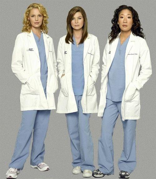 Grey's Anatomy - Izzie Stevens (Katherine Heigl), Meredith Grey (Ellen Pompeo) and Cristina Yang (Sandra Oh)