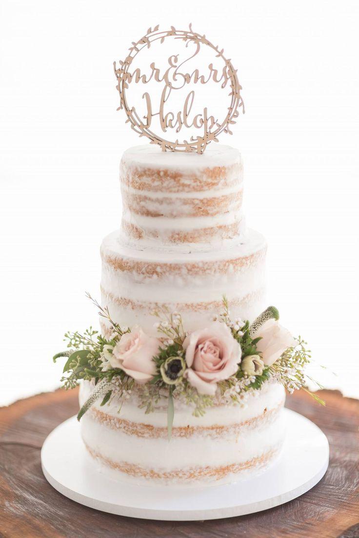 Nackte Hochzeitstorte von Gails Custom Cakes w Melissa Timm Designs florals | Der Pi …   – Wedding Cakes