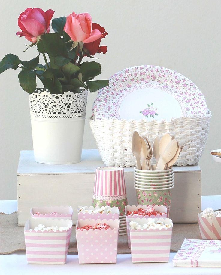 Productos para decorar fiestas con estilo shabby chic. #bautizo #comunion #cumpleaños www.monamonina.com