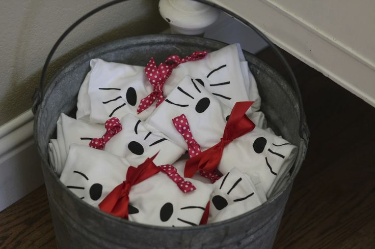 At days end of Stella's 5th birthday party she announced that her 6th birthday party would be a Hello Kitty party. She never wavered over t...