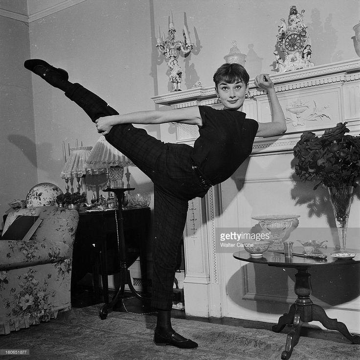 одри хепберн танцует фото шкатулочка обалденная