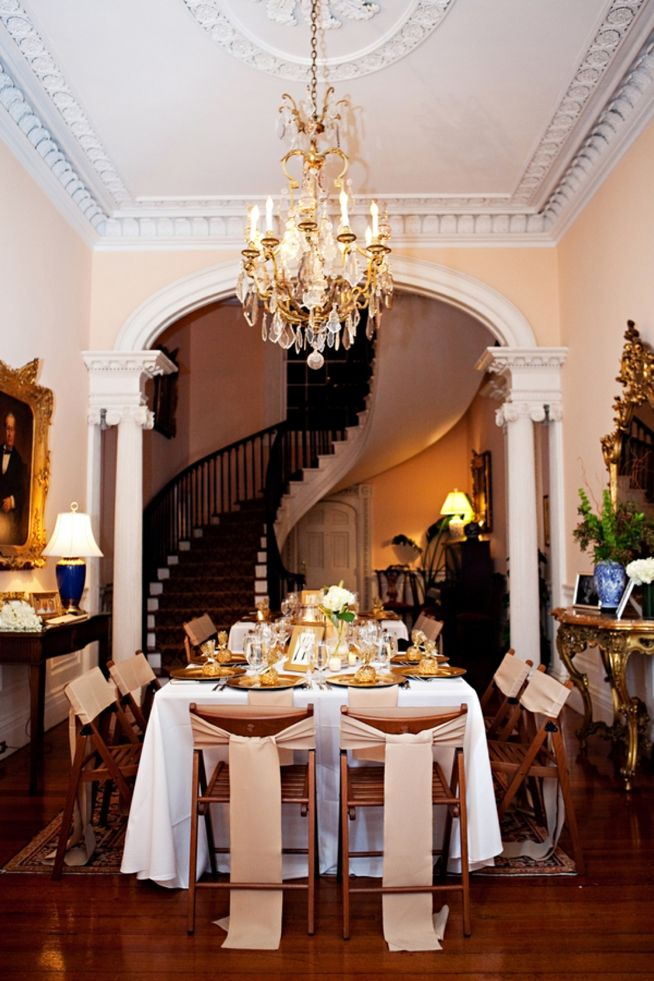 .Absolute Fabulous, Spirals Staircases, Dining Room, Dynamite Dining, Future House, Dinning Room, Dinner Parties, Painting Colors, Elegant Dining