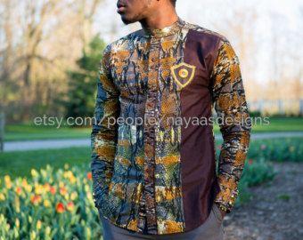 Bleu et or homme africain vêtements imprimé par NayaasDesigns                                                                                                                                                                                 Plus
