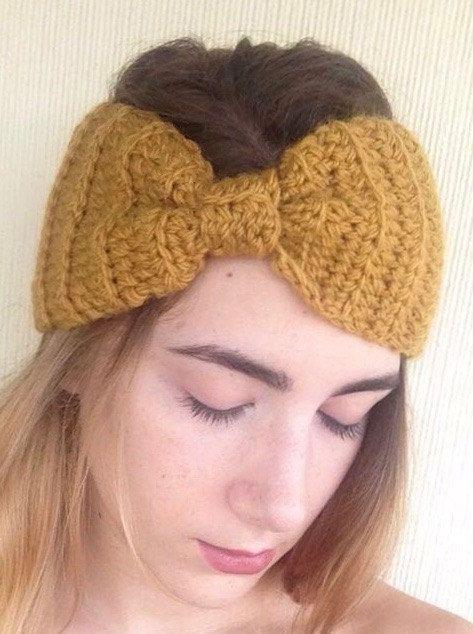 bonita diadema mostaza a crochet. Solo 14,90