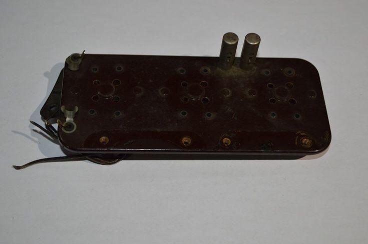 Atwater Kent Model 33 - Detector & 1st & 2nd Audio Amplifier Tube Socket Board