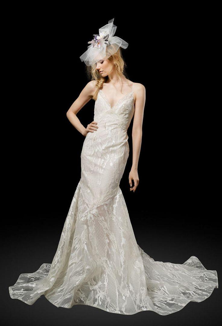 Elizabeth Fillmore Spring 2017 | https://www.theknot.com/content/elizabeth-fillmore-wedding-dresses-bridal-fashion-week-spring-2017