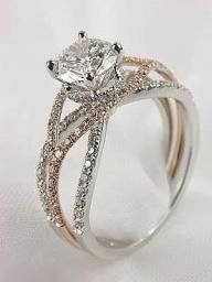 I'm not real big on flashy rings, but this one is gorgeous!
