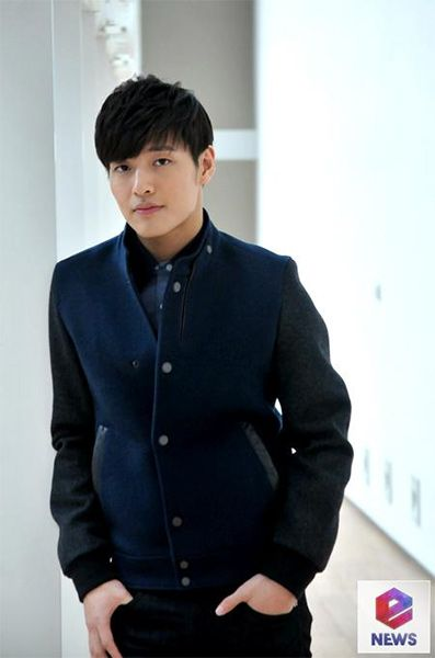 17 Best images about Kang Ha Neul on Pinterest | Elle ...