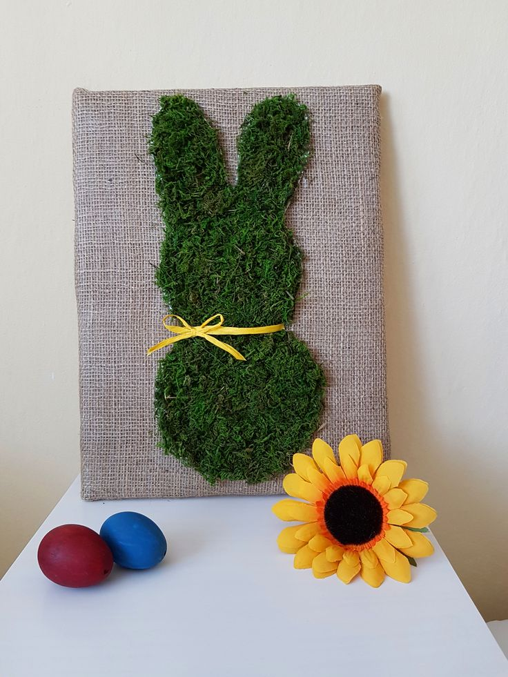 Moss Bunny Canvas Art Tutorial and more decoration in video: https://www.youtube.com/watch?v=ts6wr3u2VQE&t=26s  #spring #Easter #decor #decoration #diy #craft #holiday