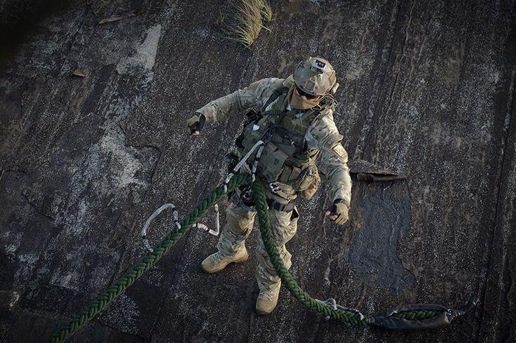 http://blog.gunfire.pl/wp-content/uploads/2013/06/fot.-S.-Kinasiewicz-Combat-Camera-trening-Formozy-fot-nr-1.jpg