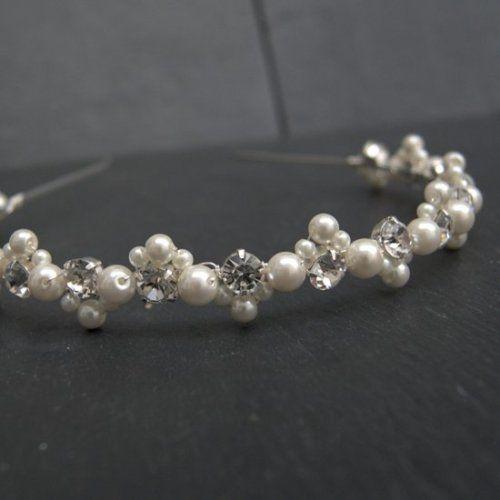 Headband with pearls and rhinestones