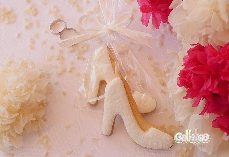 Galletas decoradas para bodas. Zapatos de novia.