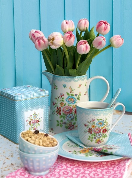 Webshop GreenGate -- too pretty for our household (LOL), but still pleasant to look at.