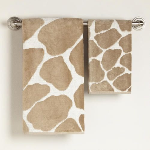 Beautiful Iu0027ve Seen Zebra And Leopard, Now This: Giraffe Bath Towel Collection.
