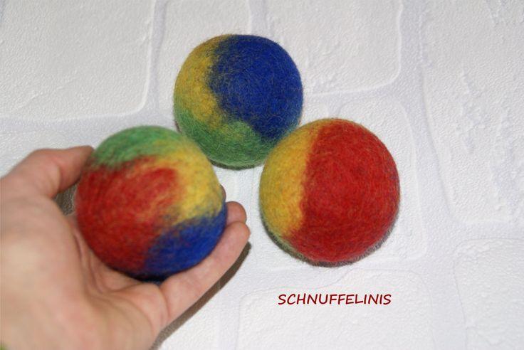 Rainbow felt ball - Filzkugeln XXL - 1pcs. 6cm, Waldorf Spielzeug, Eco freundliche, natürliche Filzbälle, Waldorf Filzbälle, 100% Merino Wolle,Trockner Bälle by Schnuffelinis on Etsy