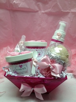38 best easter baskets with a spa twist images on pinterest easter ice cream bath gift set perfect easter basket for your teen or tween negle Choice Image