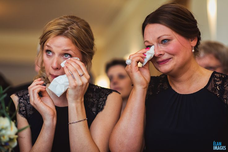 Bridesmaids emotions at a wedding at Coombe Lodge in Somerset  https://www.elanimages.co.uk/wedding-emotion-coombe-lodge/
