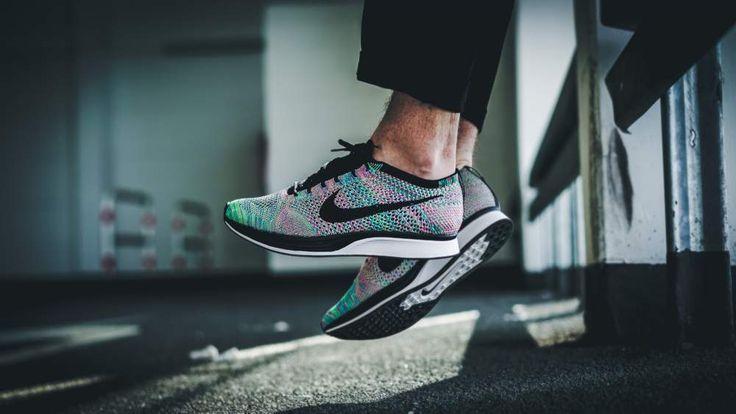 Nike - Flyknit Racer (multicolor) - 526628-304