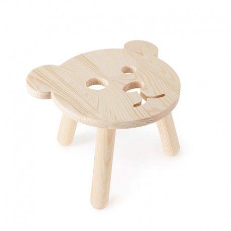 De mooiste opbergbakken en houten stoeltjes van Miniwoo zijn te koop bij Atelier BéBé, in onze fysieke winkel te Mechelen of online op www.atelierbebe.be!
