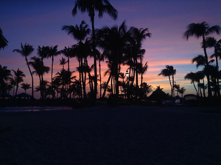 Sunsets in Aruba are AMAZING