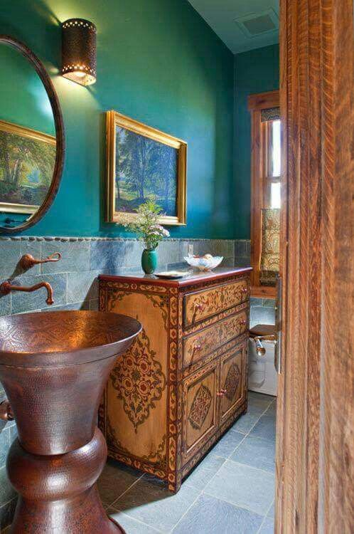 ☮ American Hippie Bohéme Boho Lifestyle ☮ Tiny bathroom