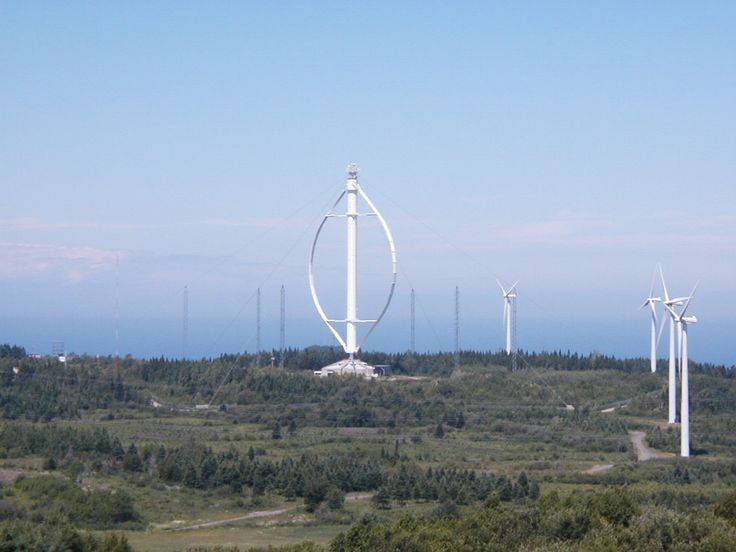 A very large #Darrieus wind turbine on the Gaspé peninsula, Quebec, Canada #Electronics #EEE
